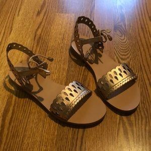 NWT Jack Rogers Ruby Sandals - Rose Gold